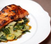 Leckeres Mangold Hähnchen mit nur 11 g Kohlenhydraten